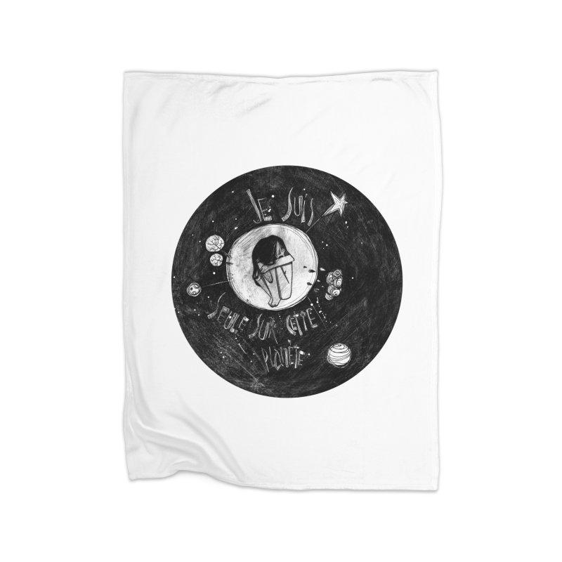 Planète (circle) Home Fleece Blanket Blanket by ilustramar's Artist Shop