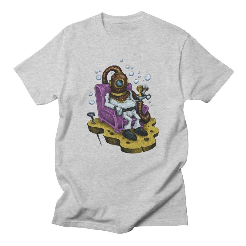 Strong man Men's T-Shirt by irrthum's Shop