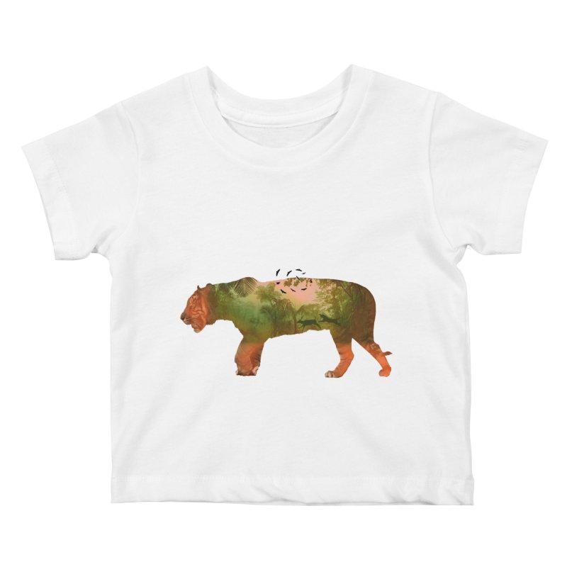 ON THE HUNT! Kids Baby T-Shirt by jrtoyman's Artist Shop