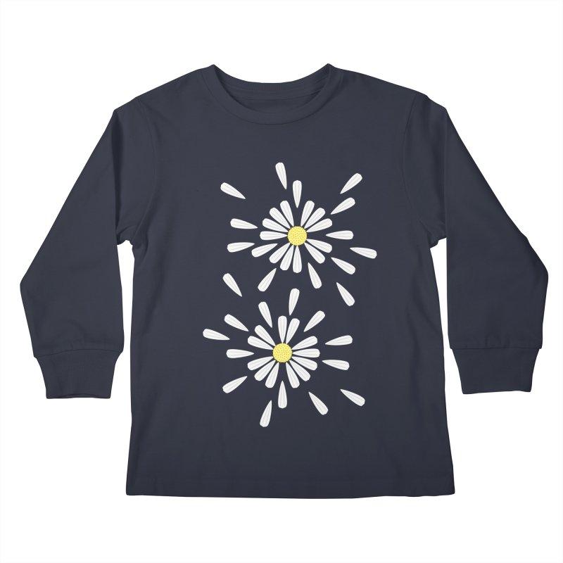 Common Daisy Kids Longsleeve T-Shirt by Kira Seiler