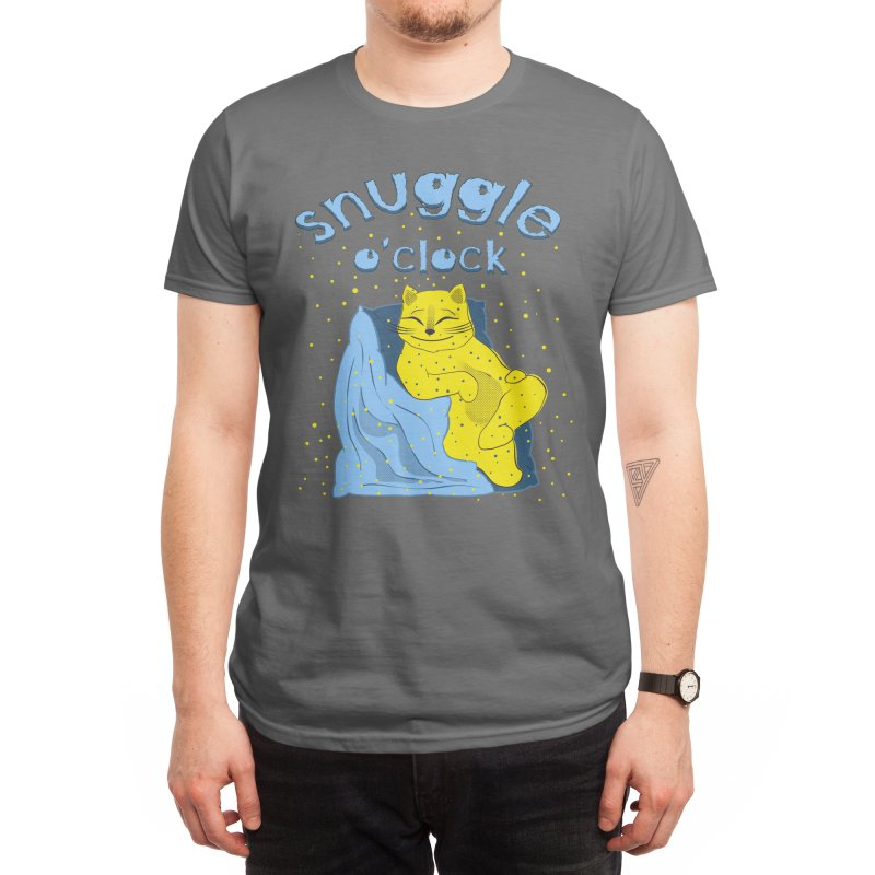 Snuggle o'clock Men's T-Shirt by Kreativkollektiv Friedlos und Streitsüchtig