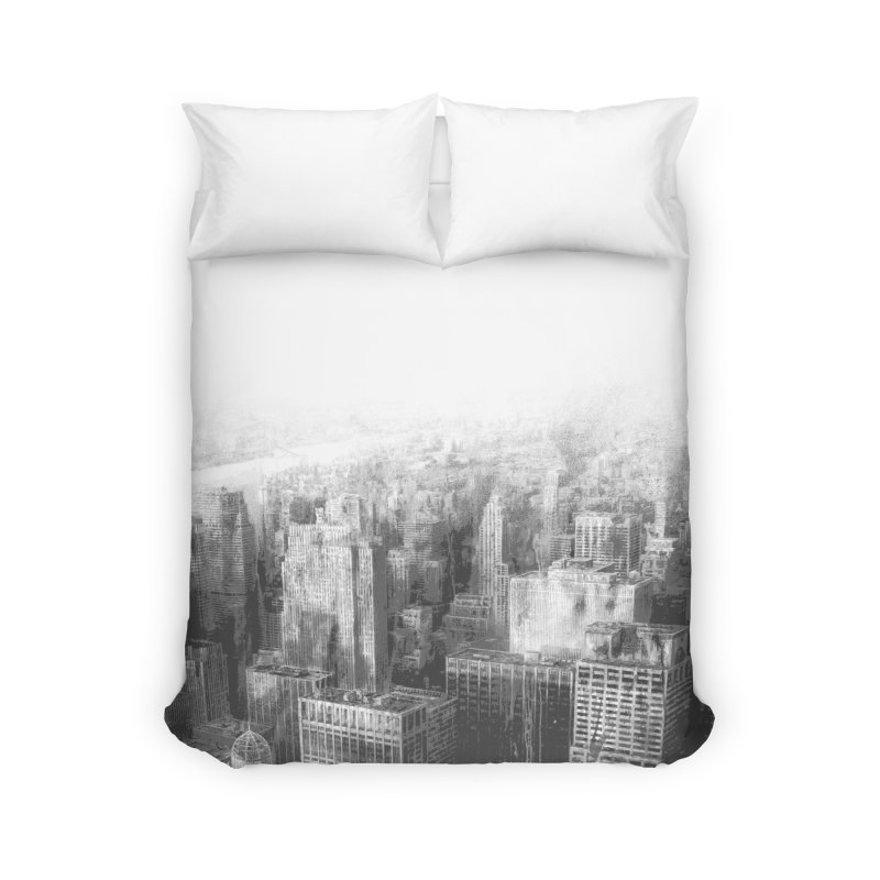 Luis Royo and Romulo Royo - New York Destroyed Home Duvet by Laberinto Gris