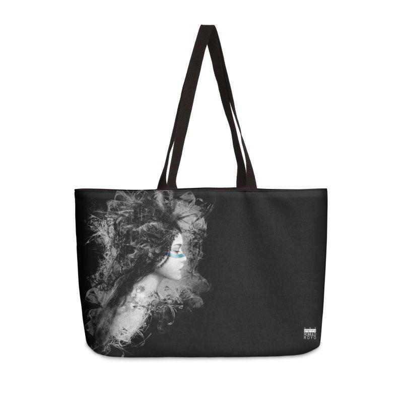 Romulo Royo - Goddesses of Nibiru in Weekender Bag by Laberinto Gris