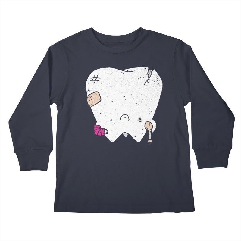 Toothache Kids Longsleeve T-Shirt by lxromero