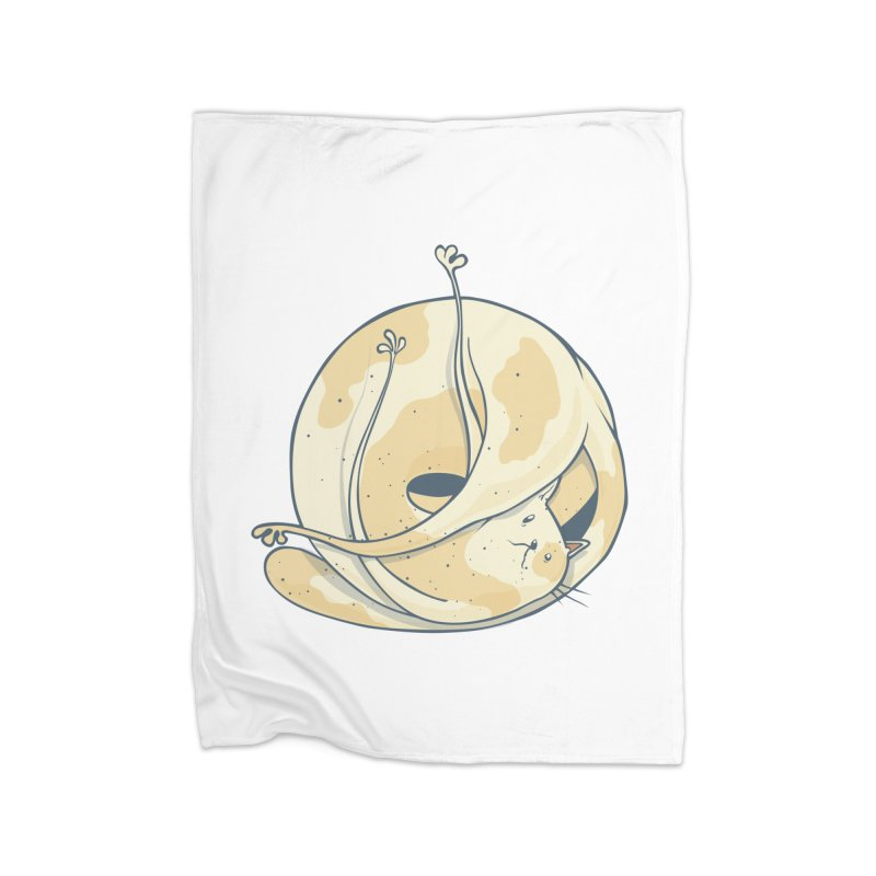 Ball of cat Home Fleece Blanket Blanket by Magnus Blomster