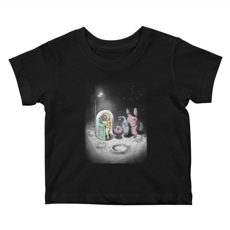 hello mom Kids Baby T-Shirt by makapa's Artist Shop