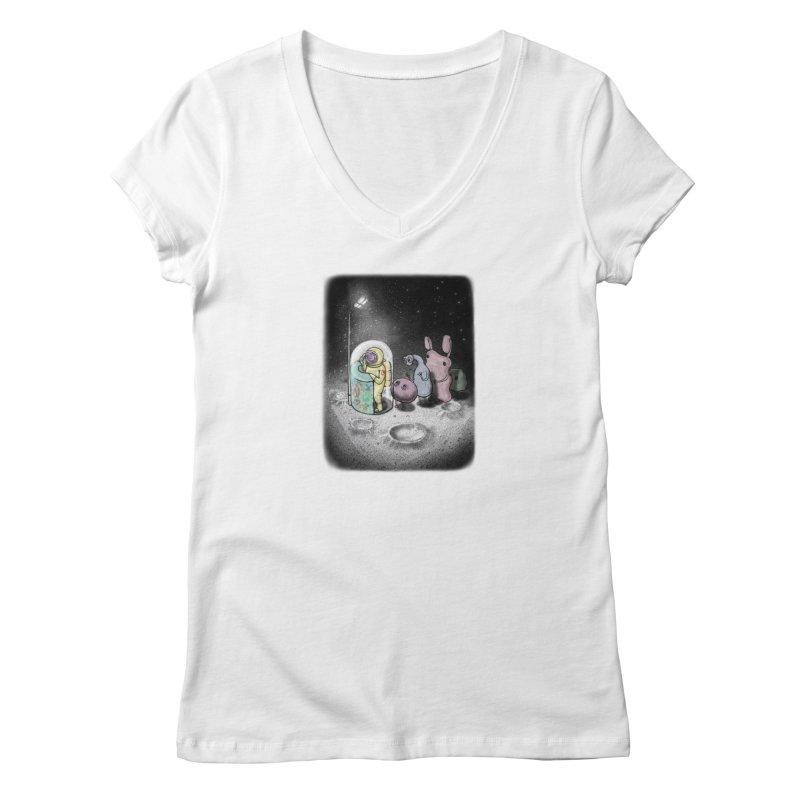 hello mom Women's V-Neck by makapa's Artist Shop