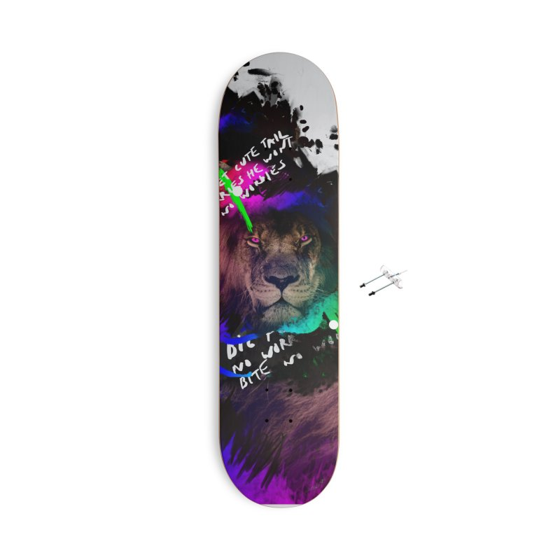 Lion print Accessories Skateboard by Art & design by Maria Daniela Hästö