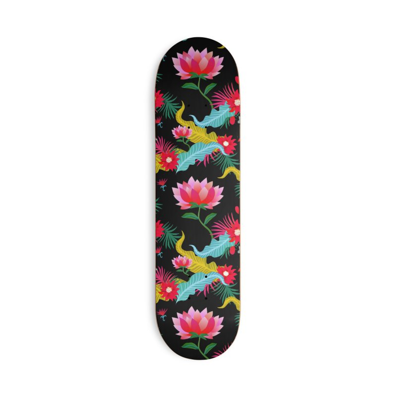Lotus Accessories Skateboard by Art & design by Maria Daniela Hästö