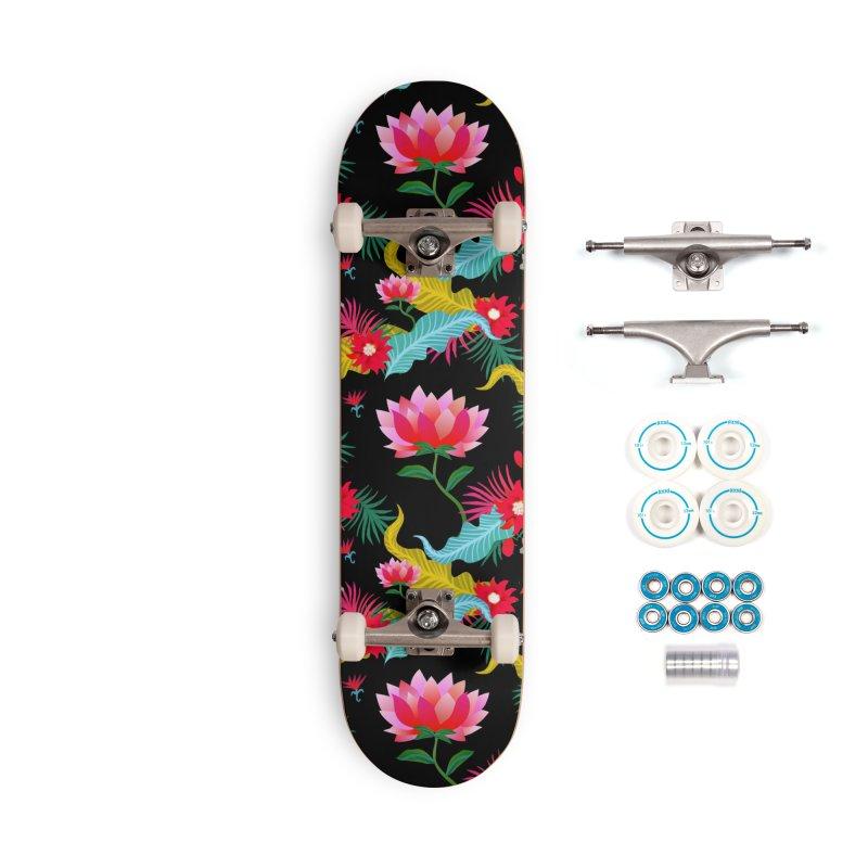Lotus Accessories Skateboard by Art & design by Maria Daniela Hästö