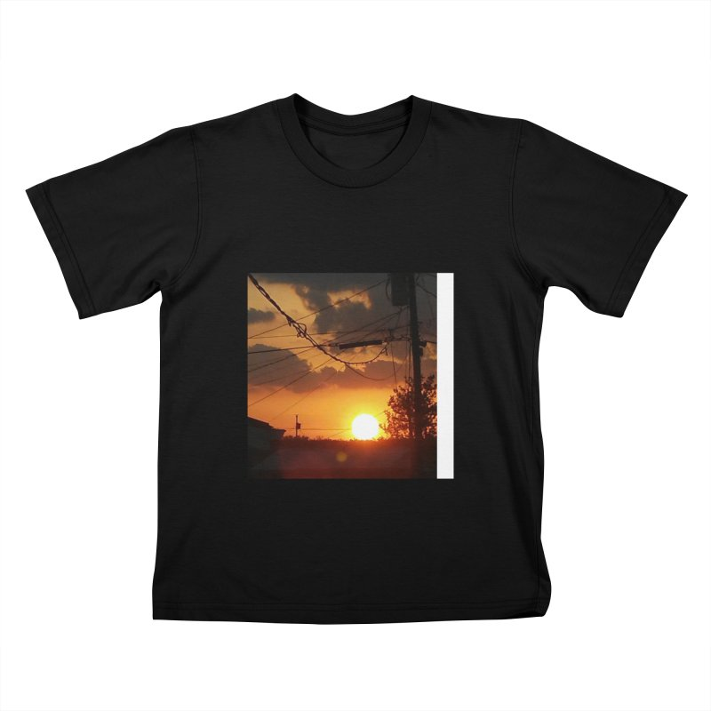 Sunset in the City Kids T-Shirt by Mind-art Passion
