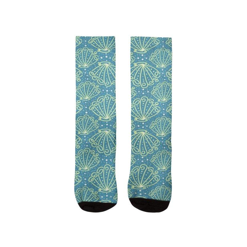 Seashell Crowns Men's Socks by Mitalim's Artist Shop