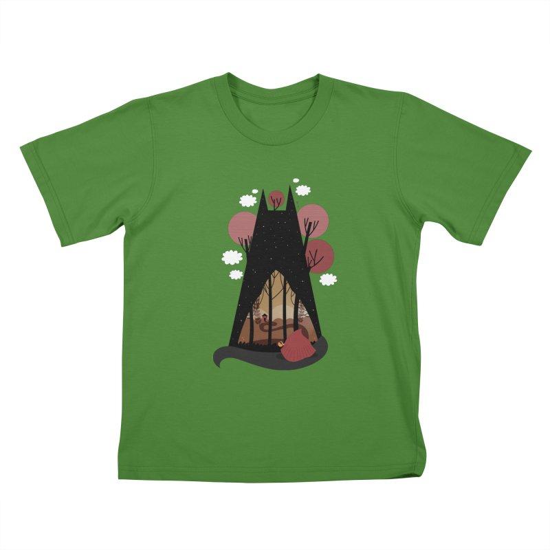 Into the woods Kids T-shirt by Maria Jose Da Luz