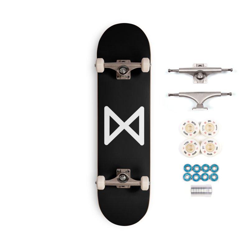 Jaseli Accessories Complete - Premium Skateboard by M. L. Wang Shop