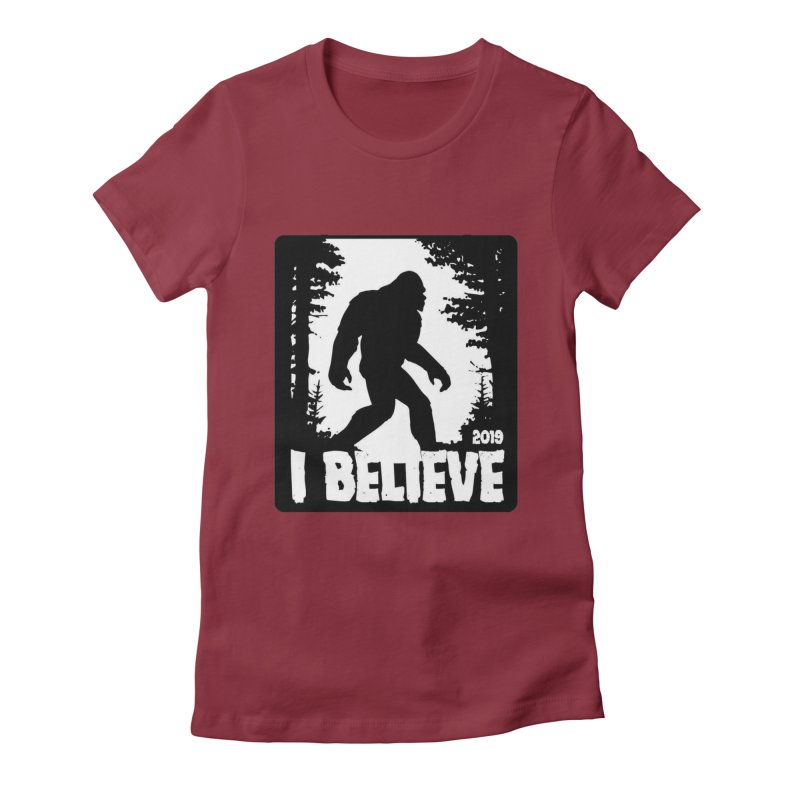 I Believe!  (Bigfoot) Women's Fitted T-Shirt by Moon Joggers's Artist Shop