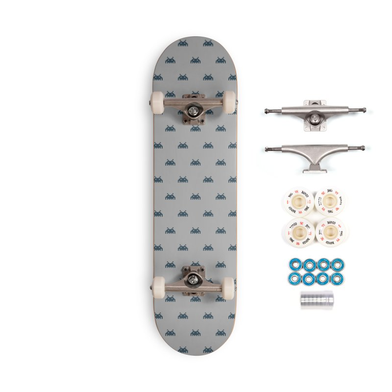 Alien Motif Pattern Accessories Complete - Premium Skateboard by Mr Loco Motif