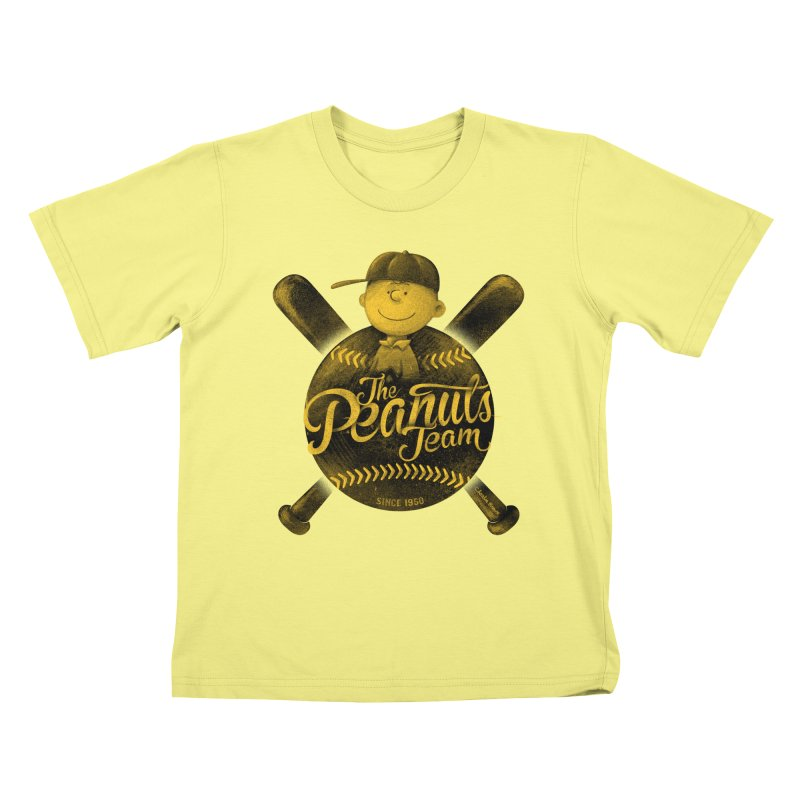 The Peanuts team Kids T-shirt by MrWayne