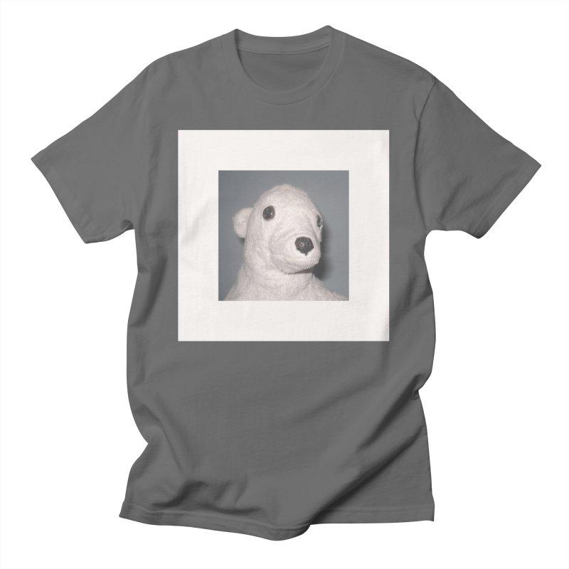 el oso silvio Men's T-Shirt by m u l t i d i m e n s i o n a l