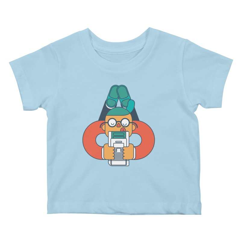 Gameboy Kids Baby T-Shirt by Emporio de Mutanthands