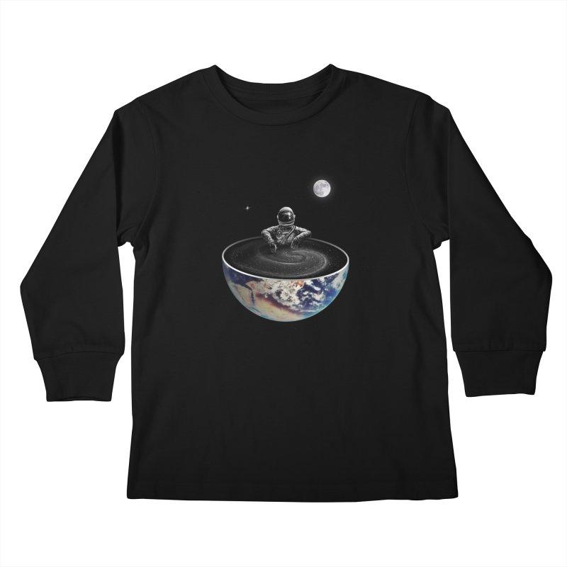 Easy Kids Longsleeve T-Shirt by nicebleed