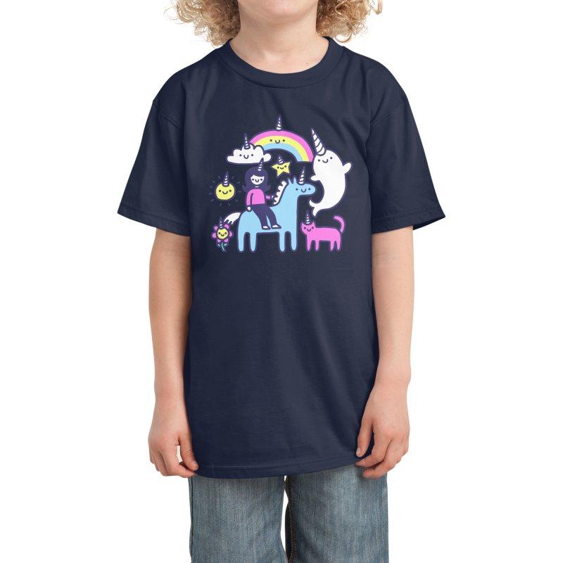 Unicorns Everywhere! Kids T-Shirt by obinsun