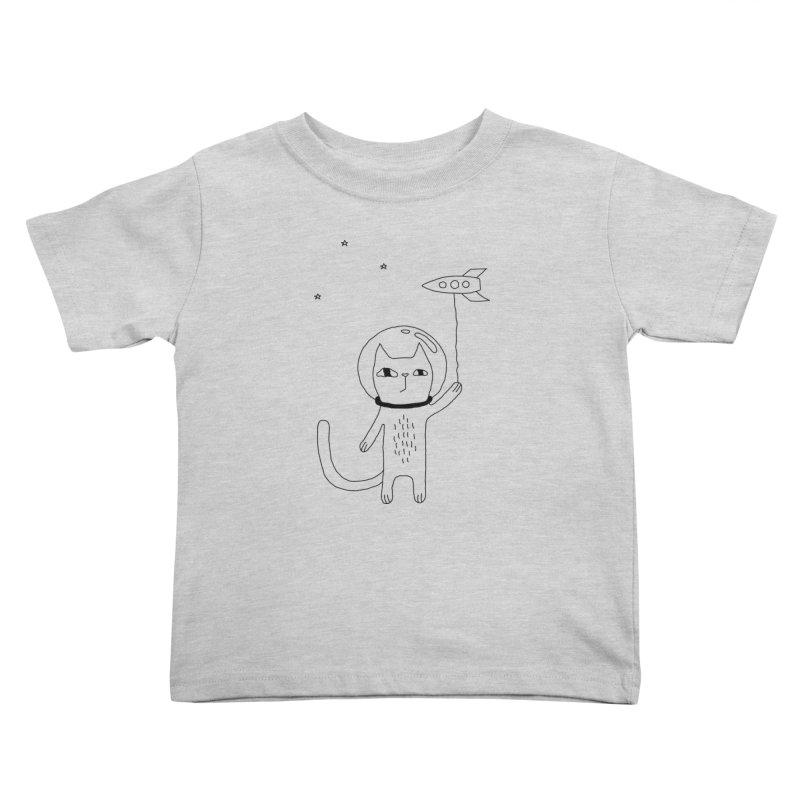 Space Cat Kids Toddler T-Shirt by PENARULIT illustration
