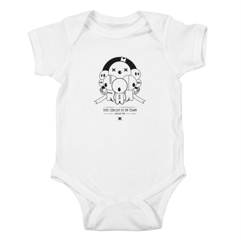 URBAN FUN: THE CIRCUS IS IN TOWN Kids Baby Bodysuit by NOMAKU