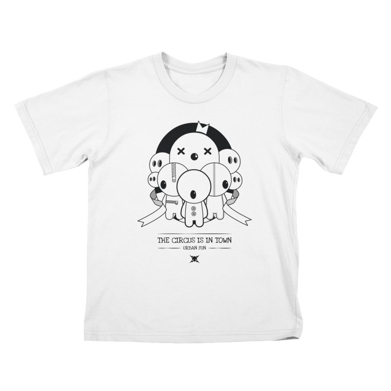 URBAN FUN: THE CIRCUS IS IN TOWN Kids T-Shirt by NOMAKU