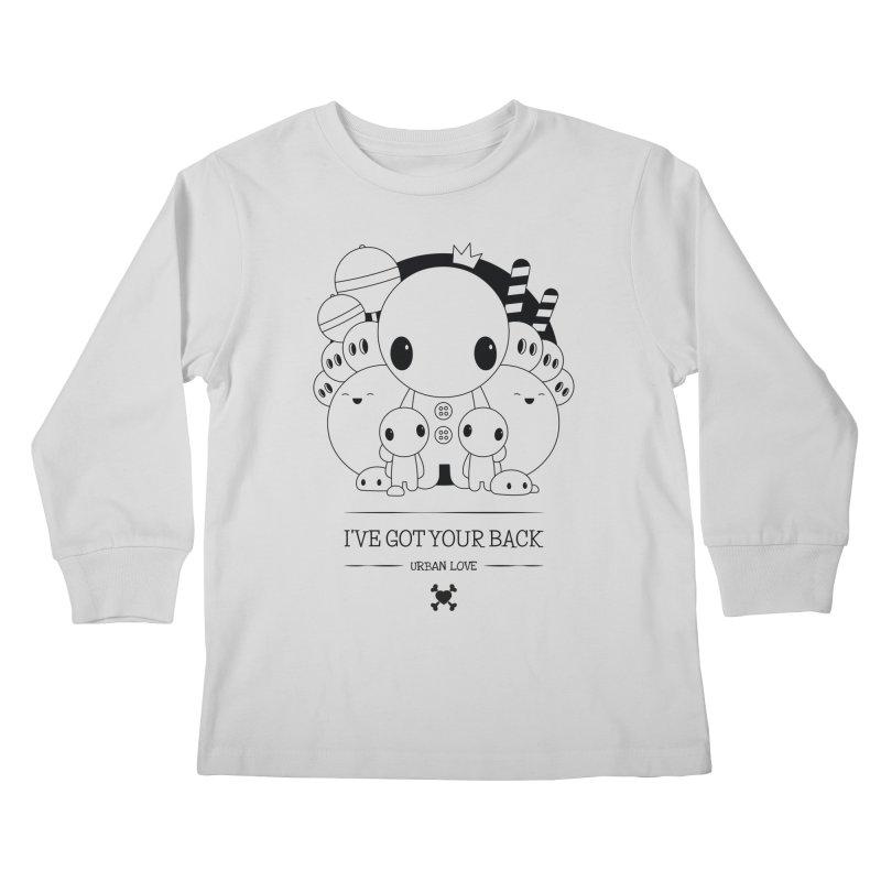 URBAN LOVE: I'VE GOT YOUR BACK Kids Longsleeve T-Shirt by NOMAKU