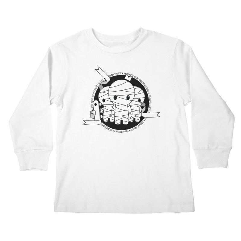 URBAN TALES: MUMMIES WITH SKATEBOARDS Kids Longsleeve T-Shirt by NOMAKU