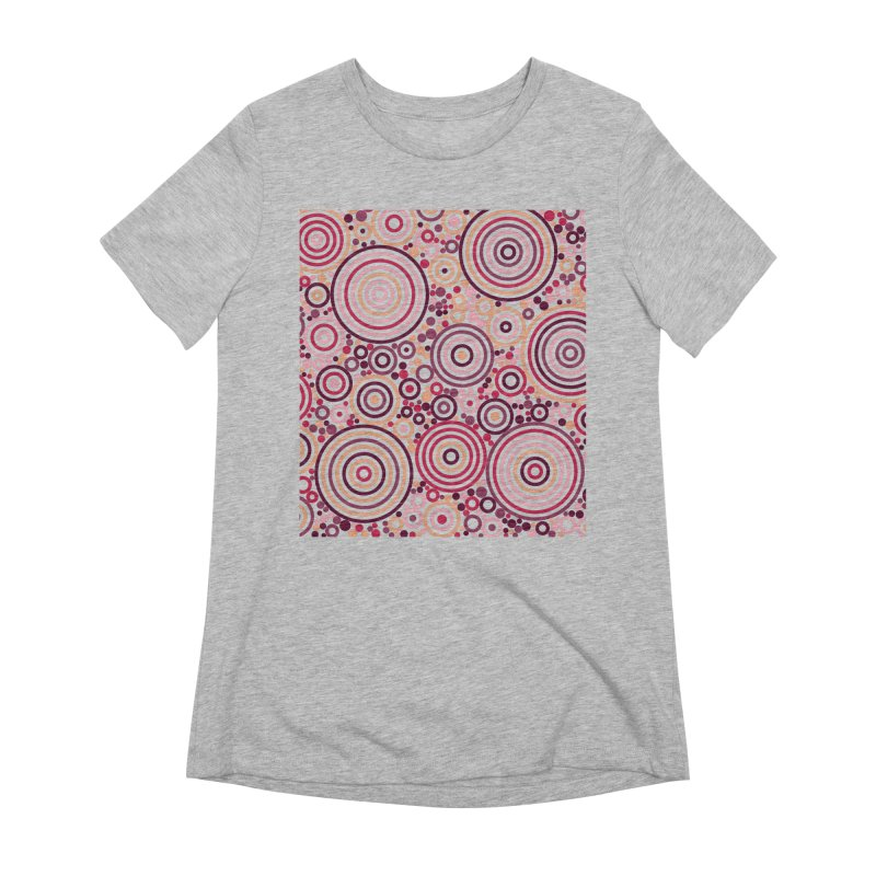 Concentric concentrate (reds) Women's Extra Soft T-Shirt by Robot Molecule