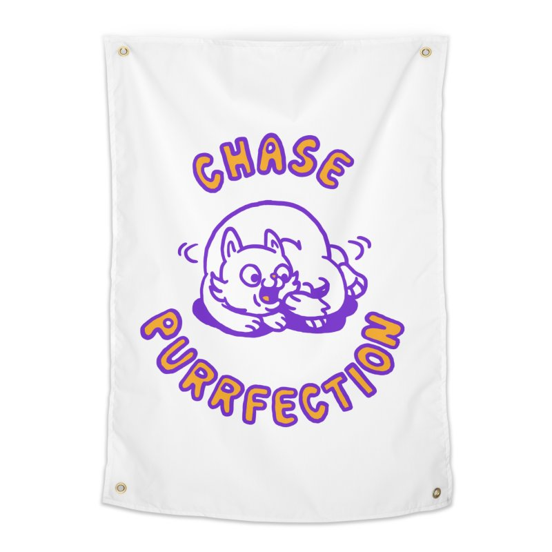 Chase purrfection Home Tapestry by Rodrigobhz