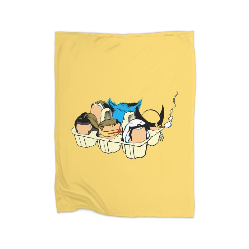 Eggs-Men Home Fleece Blanket by Murphed