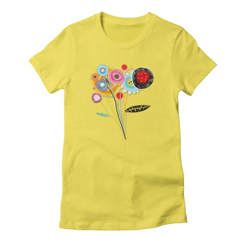 Wedding Bouquet Ranunculus Women's T-Shirt by rupydetequila's Shop
