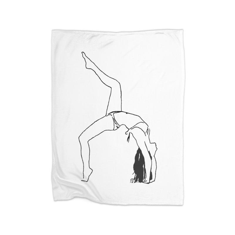 chica haciendo yoga Home Fleece Blanket Blanket by sebastiansrd's Artist Shop