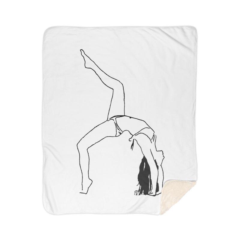 chica haciendo yoga Home Sherpa Blanket Blanket by sebastiansrd's Artist Shop