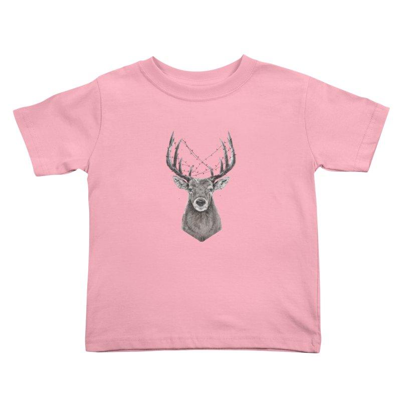 Xmas deer Kids Toddler T-Shirt by Balazs Solti
