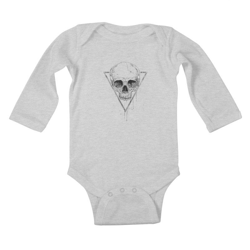 Skull in a triangle (bw) Kids Baby Longsleeve Bodysuit by Balazs Solti
