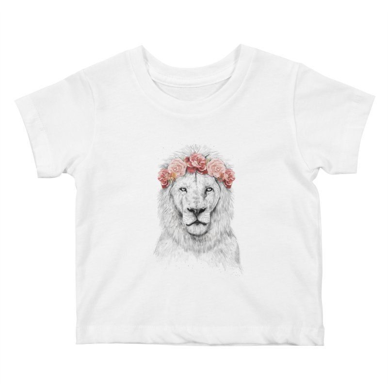 Festival lion Kids Baby T-Shirt by Balazs Solti