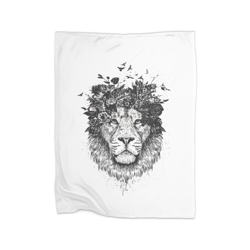 Floral lion (bw) Home Blanket by Balazs Solti