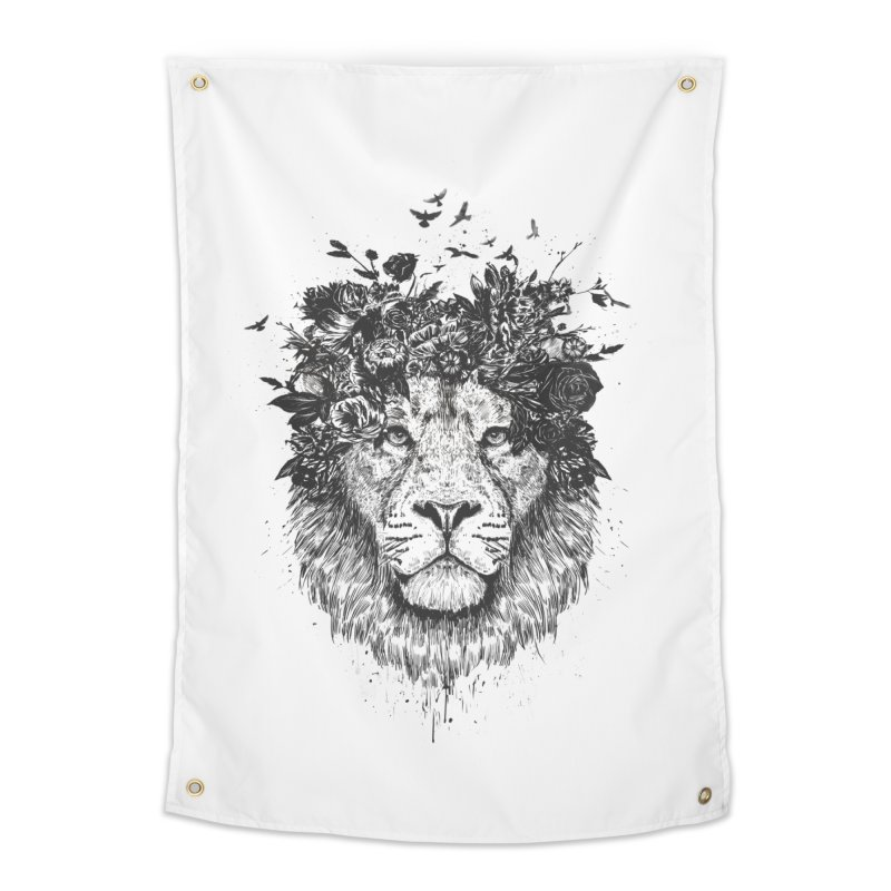 Floral lion (bw) Home Tapestry by Balazs Solti