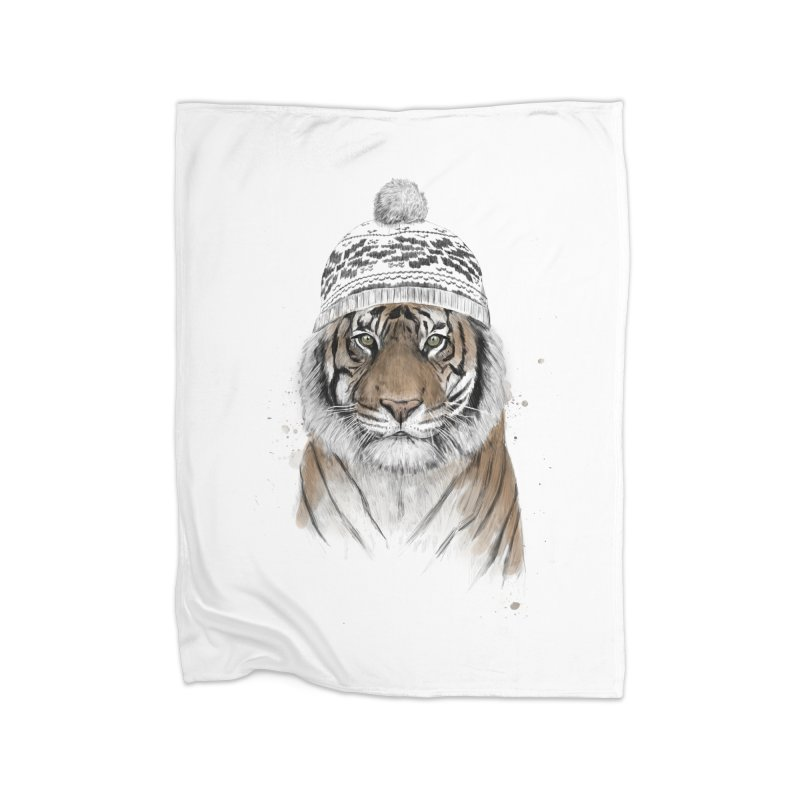 Siberian tiger Home Fleece Blanket Blanket by Balazs Solti