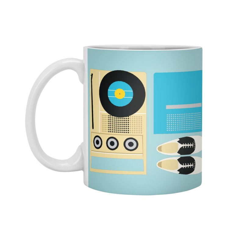 Moonrise Record Accessories Mug by Steger