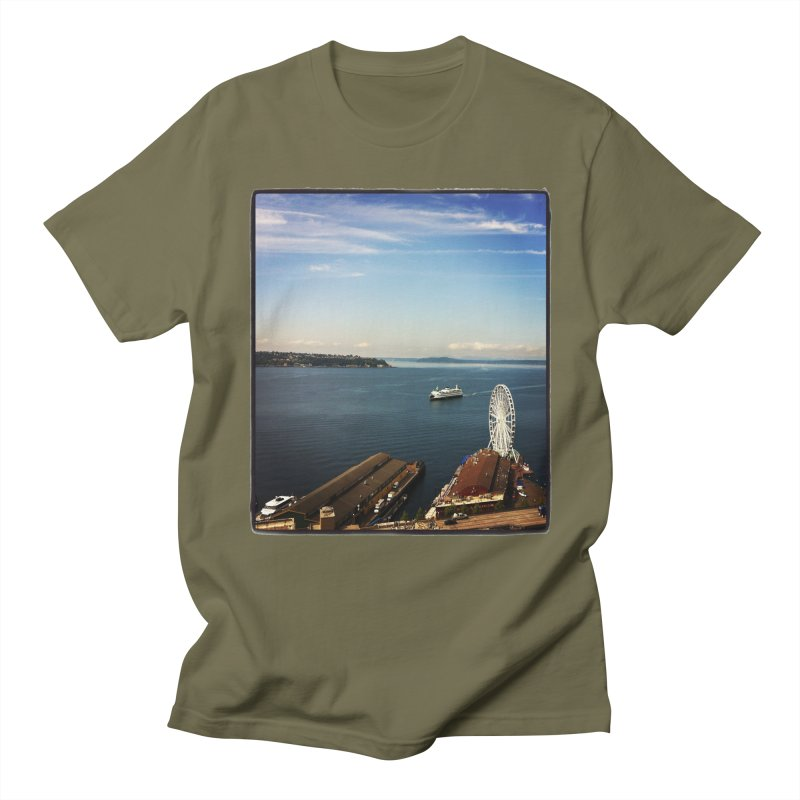 The Perfect Seattle Day, Ferry, and the Great Wheel Men's T-shirt by terryann's Artist Shop
