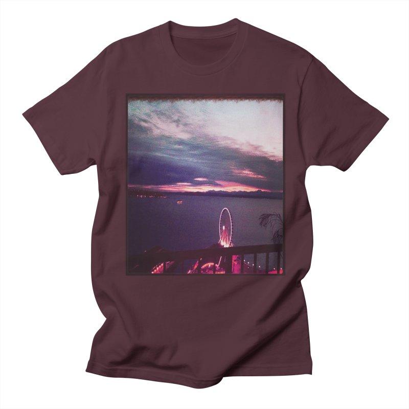 Seattle Sunset Wheel - Seattle Vibe Men's T-shirt by terryann's Artist Shop