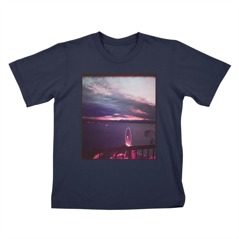 Seattle Sunset Wheel - Seattle Vibe Kids T-shirt by terryann's Artist Shop