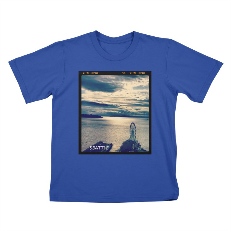 Blue Seattle - you have been there. Kids T-Shirt by terryann's Artist Shop