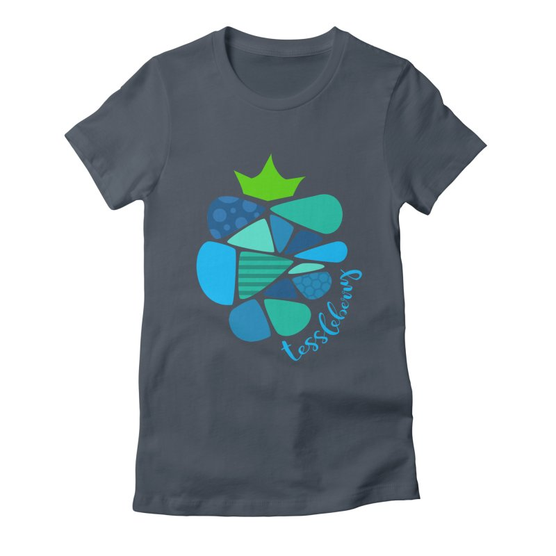 hi i'm a tessleberry tshirt with blue letters Women's Fitted T-Shirt by tessleberry's Artist Shop