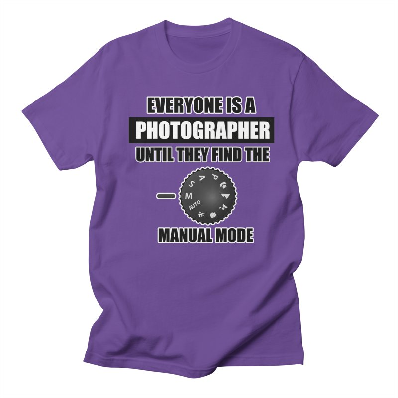 Everyone is a photographer T Shirt - Photographers T Shirt Men's Regular T-Shirt by thenewcamera's Artist Shop