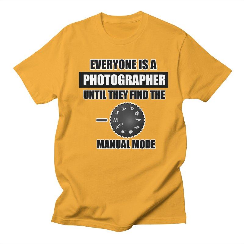 Everyone is a photographer T Shirt - Photographers T Shirt Men's Regular T-Shirt by thenewcamera's Artist Shop